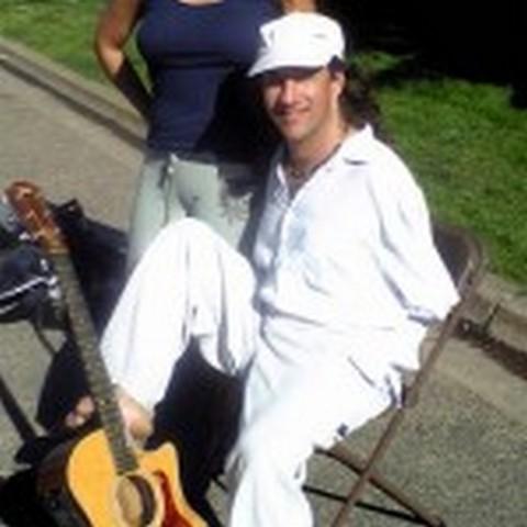 Человек воли. Марк Гоффени – гитарист без рук!