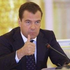 Медведев не против