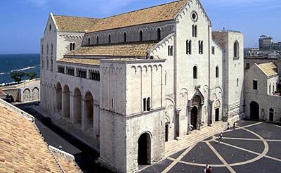 Мощи святителя Николая Чудотворца в городе Бари (Италия)