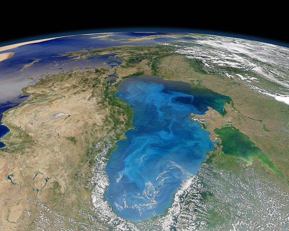 Черное море. Вид с орбиты, 15 июля 2012 года.