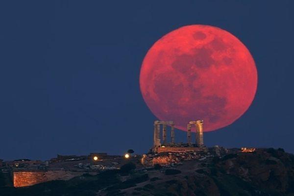 Кровавая Луна взойдет над Землей - уникальное космическое явление