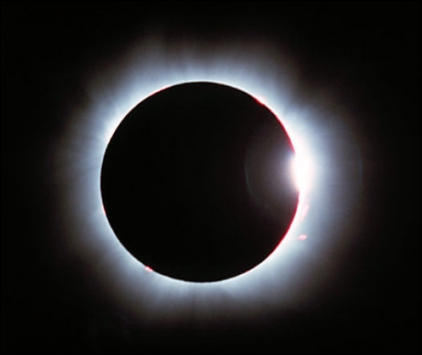 СРОЧНО: 15 июня 2011 года не пропустите полное лунное затмение