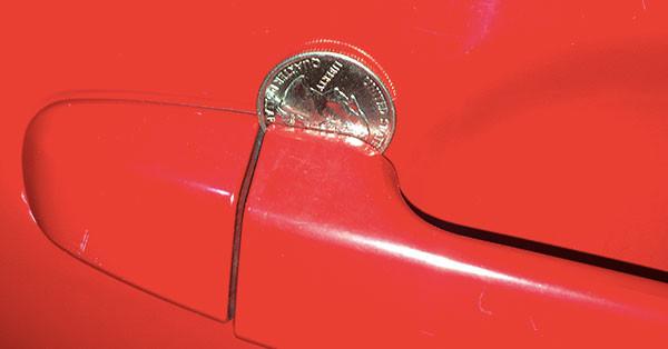 moneta_na_dveri_avto_2