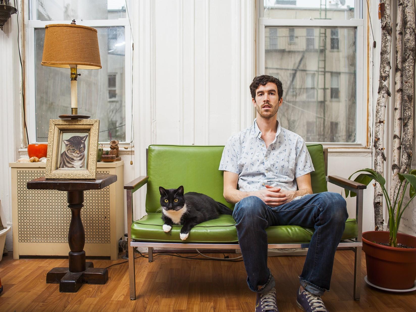 Мужчины с котами (Гранд и Тукс)