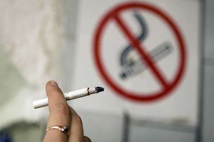 Почему так трудно бросить курить? Сигареты - наркотик!?
