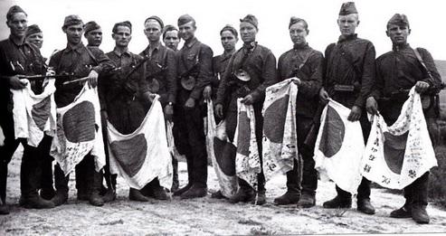 sovetskie soldaty