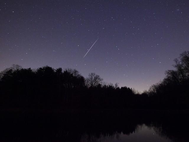 vzletayuschie_meteori