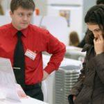 Хороший продавец-консультант: как опознать