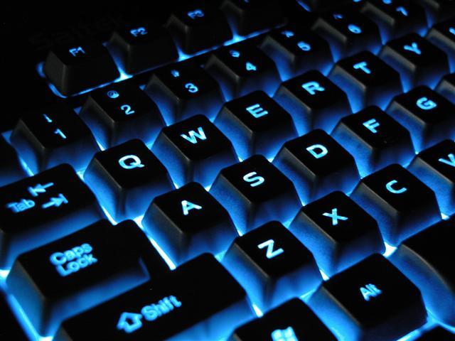 Как вставить знак евро на клавиатуре различными